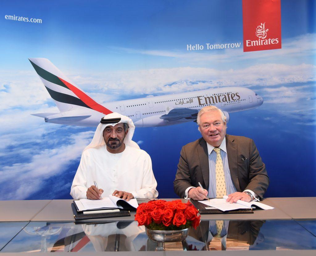 Шейх Ахмед бин-Саид ал-Мактум и Джон Лийхи в Дубай. А380 е спасен - засега.