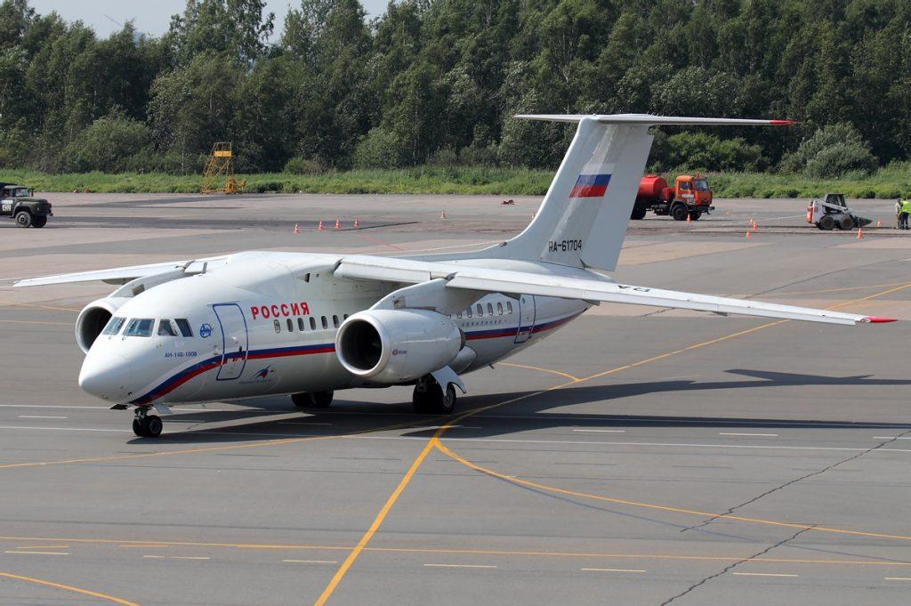Ан-148 в окраската на Россия - първият руски клиент на машината, която вече не оперира с такива самолети.