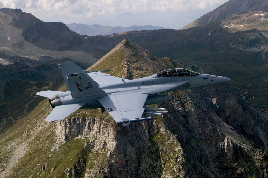 До 2017 са произведени почти 1500 самолета от всички версии на F-18, като над 85% от тях са активно въоръжение до днес.