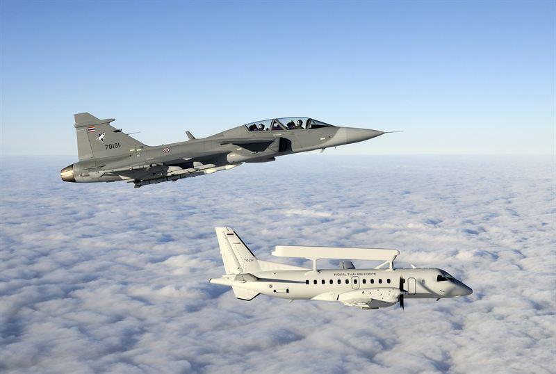 Филипините разполагат с 11 самолета Gripen C/D (един бе загубен при катастрофа) + един Saab 340 Erieye въздушен команден център.