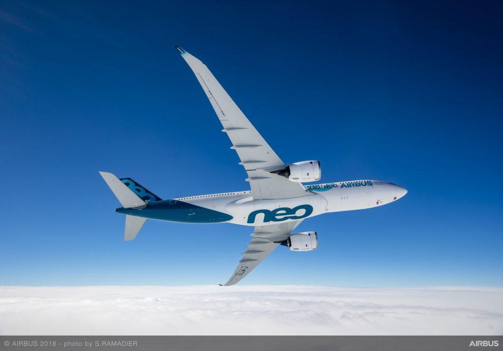 A330-800-MSN1888-first-flight-air-to-air-053