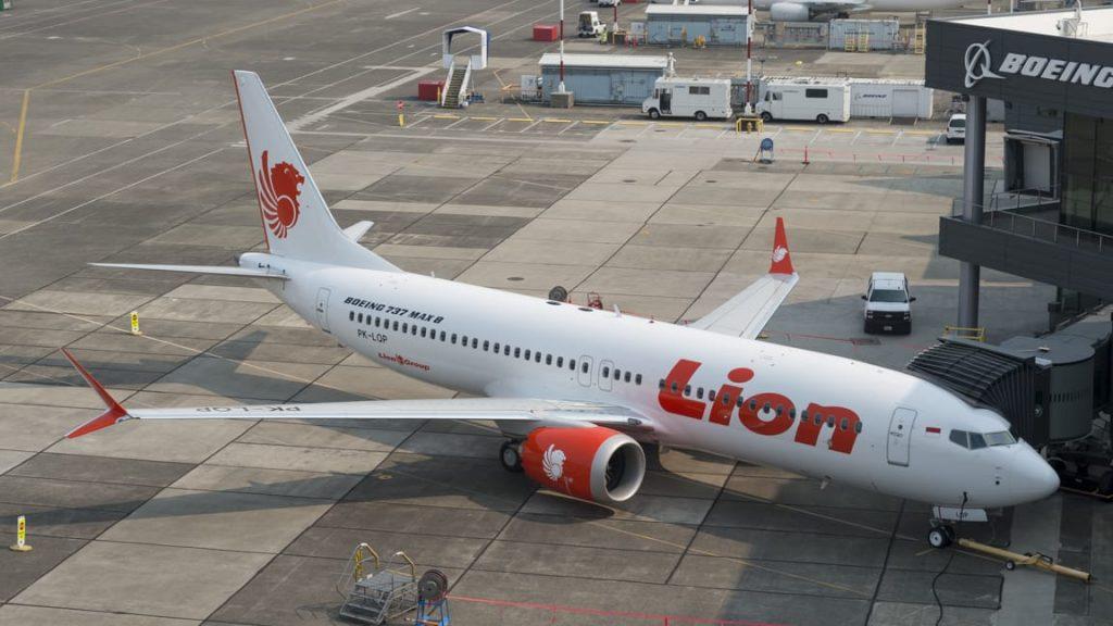 Lion Air е сред първите оператори на 737 МАХ. Катастрофиралия самолет е в експлоатация от едва 3 месеца.