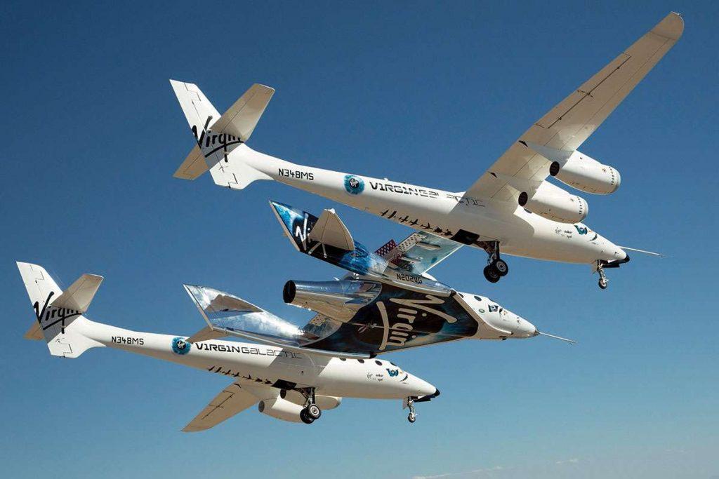Белият Рицар е гордостта на компанията Virgin Galactic. Разработката на апарата-носител отнема над 15 години, но той вече е налетял над 8000 часа без особени проблеми по летателните си характеристики.