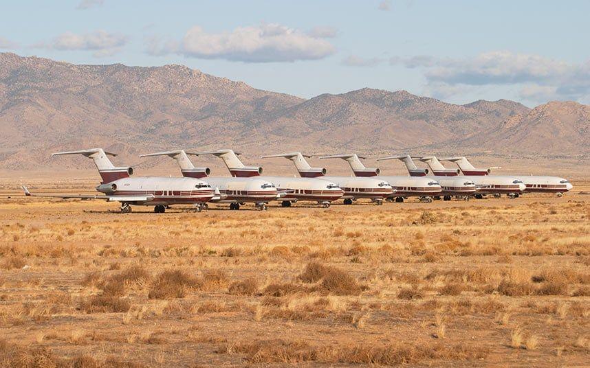 Повечето стари 727-ци завършват последния си път в пустинните полета на Аризона, в очакване на пълно разглобяване за скрап и претопяване.