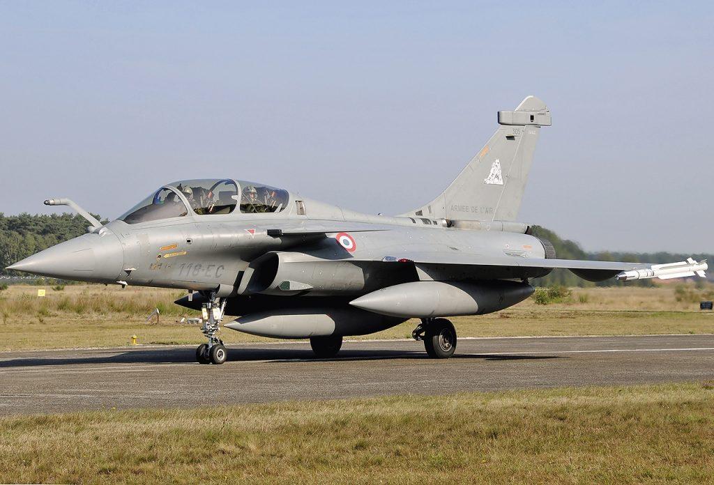 Рафал е най-новият френски многоцелеви изтребител от следващо поколение, от който са поръчани над 250 самолета от френските ВВС.