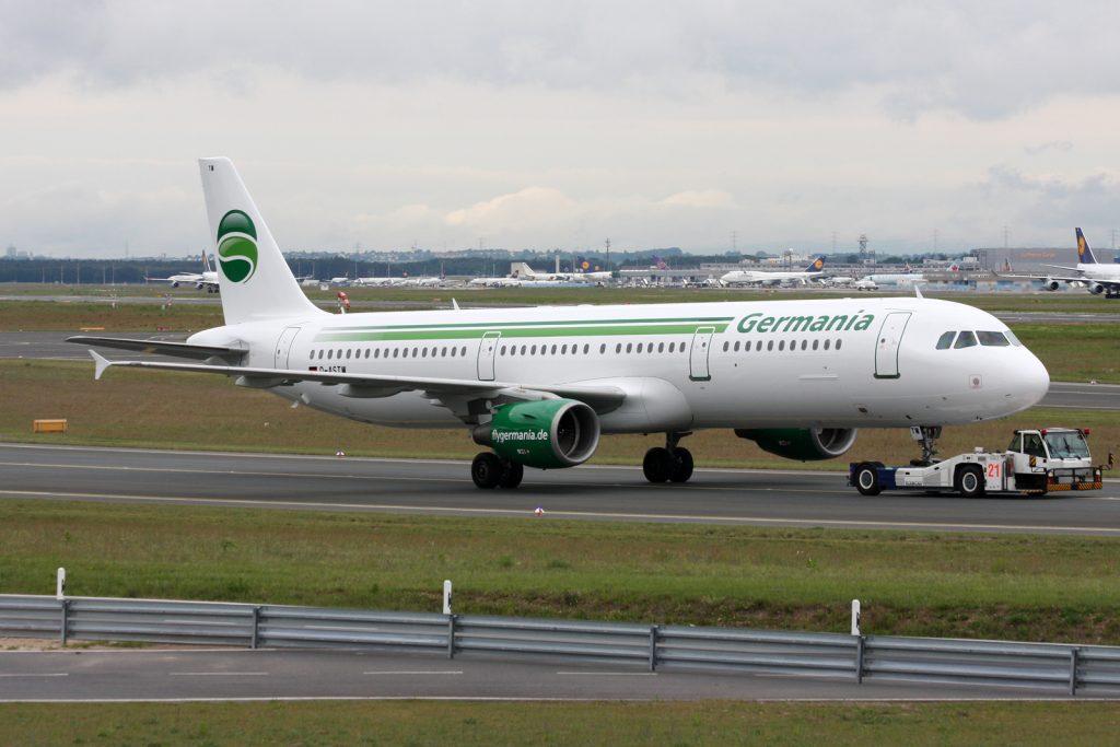 Една от причините за фалита е забавянето на доставките на нови самолети, като този А321
