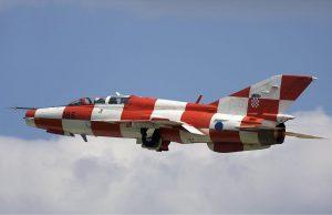 Хърватски Миг-21 в специална, юбилейна цветова окраска