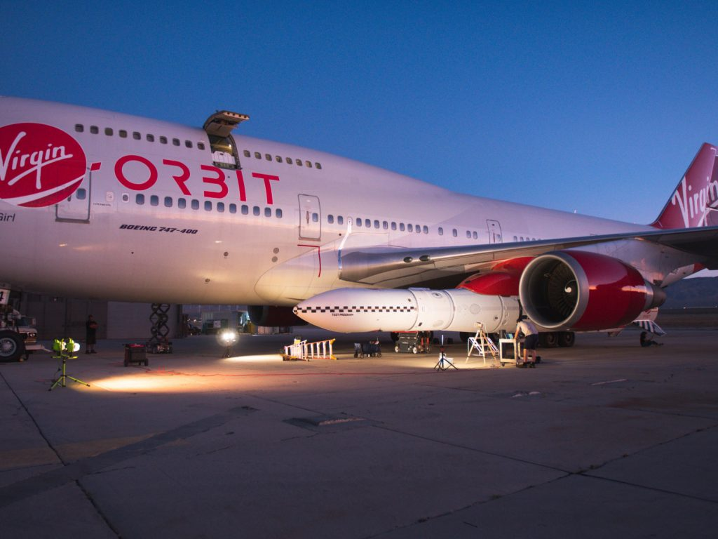Космическото момиче 747 на Virgin Orbit