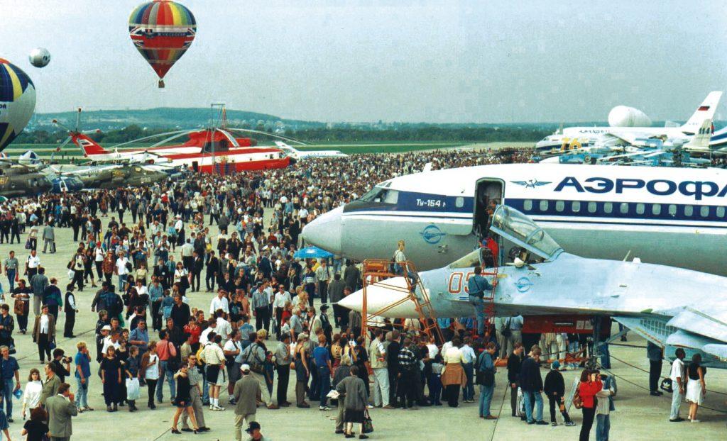 Авиосалонът МАКС през 1992г. Снимка: МАКС във Фейсбук.