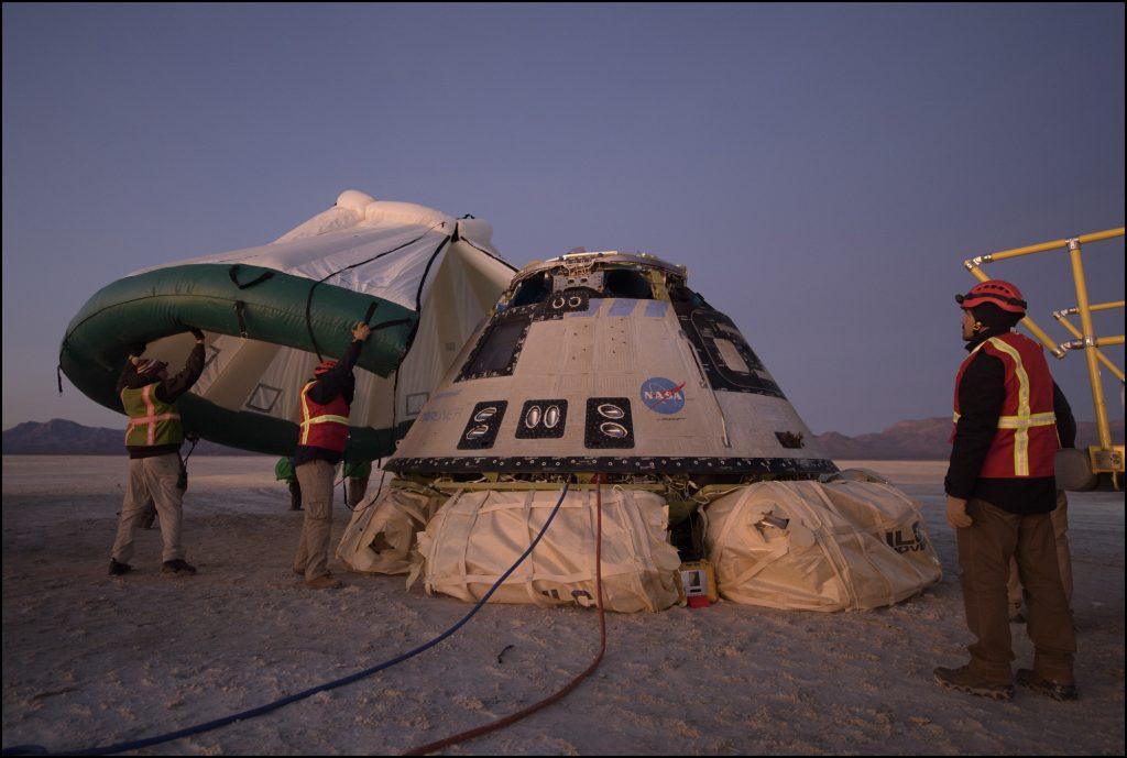 Кацането на Starliner след пъривя тестов полет. Снимка: Boeing