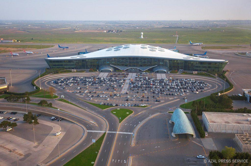 Снимка: Летище Баку
