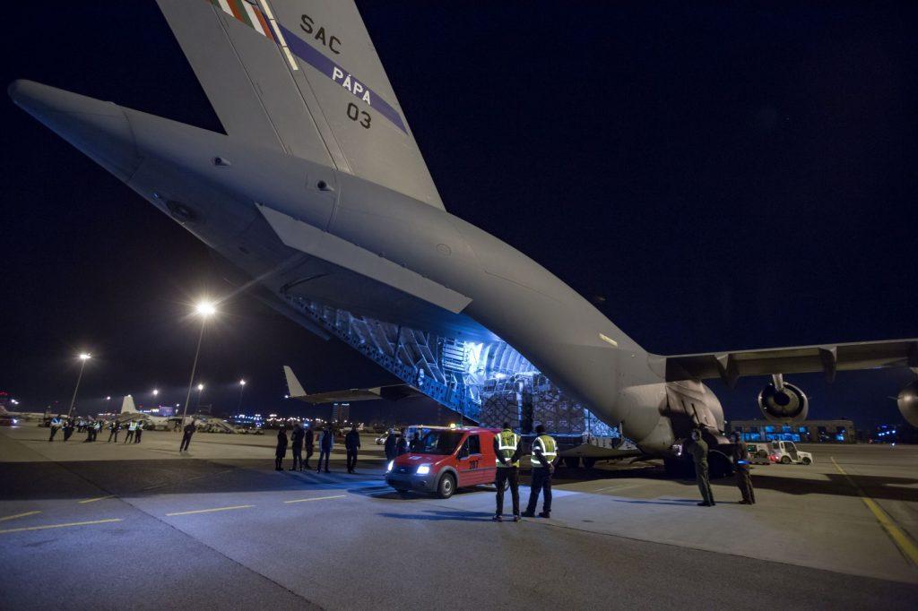 C-17-Globemaster на летище София. 17 април 2020г. Снимка: МВнР