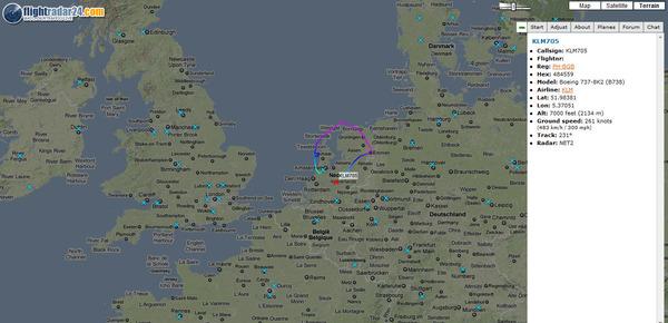 Самотният ездач на KLM, който проверява плътността на вулканичния облак над Европа