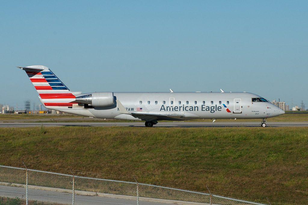 Bombardier CRJ200 е във флота на PSA Airlines от 2002 година и оперира от името на American