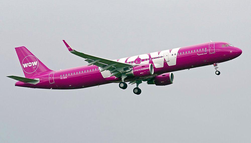 Основният флот от 10 самолета на WOW беше от Airbus A321