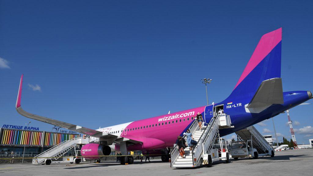 Wizzair A320 на летище Варна. Снимка: Летище Варна