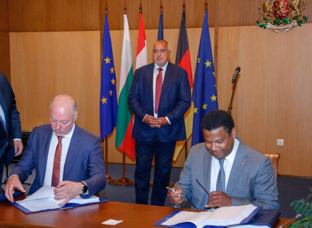 Подписването на договора за концесията на летище София, 22 юли 2020г. Снимка: правителствен пресцентър.