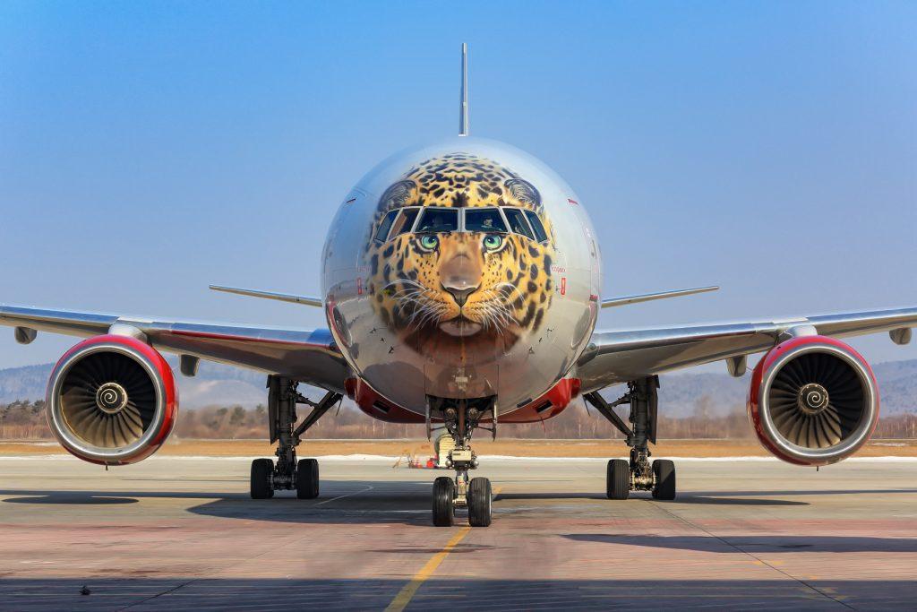 """Боинг 777-300 на авиокомпания Россия в популярната окраска """"Далекоизточен Леопард"""""""